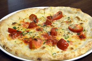 「フルーツトマトとアンチョビのピザ」(1150円)