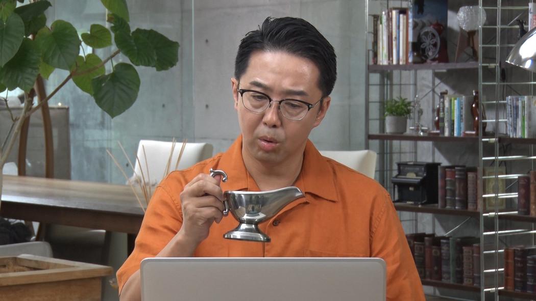 おぎやはぎ矢作とアイクの人気英会話CMに新バージョン!今度は「レイディオ」